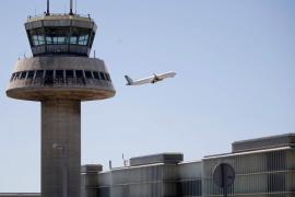 Las aerolíneas aseguran que está garantizado volar de forma segura sin contagios