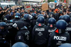 Decenas de detenidos y heridos en las manifestaciones por George Floyd en Londres y Berlín