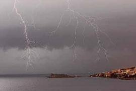 Pasión por la meteorología: cazadores de tormentas