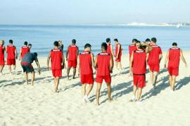 Caparrós convoca a 24 jugadores para la concentración del Mallorca en Holanda