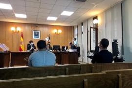 Ocho años de cárcel por atracar un hotel del Port d'Alcúdia a punta de pistola