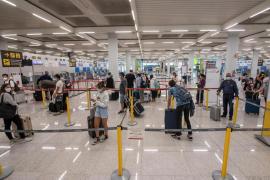 Sanidad publica la orden que autoriza la apertura de un corredor turístico seguro hacia Baleares