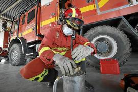 Las 'mil caras' de la UME: De la lucha contra el virus a sofocar el fuego en Baleares