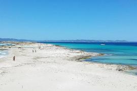 'Invasión' mallorquina en Formentera