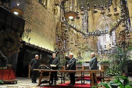 El nuevo vicario general de la Diócesis, Josep Adrover, jura su cargo