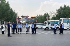 China confirma 57 nuevos casos tras detectar el foco en el mercado de Pekín