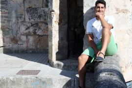 Pau Cendrós mantiene la sonrisa mientras intenta descifrar su futuro profesional