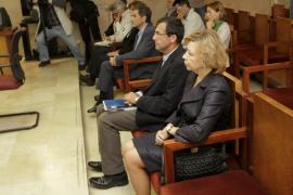 Cinco años y medio de cárcel para Munar y dos años y siete meses para Nadal
