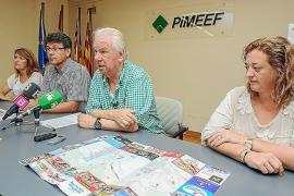 Joan Riera (segundo por la derecha), hasta ahora presidente de Pimeef, en una imagen de archivo.