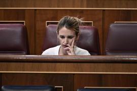 Álvarez de Toledo acepta un «café-debate público» y Calvo dice que eso es «un circo», no un café de dos mujeres normales