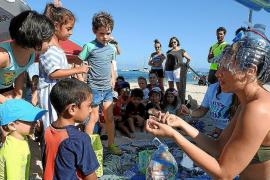 Una imagen tomada durante un acto de la Escuela de Verano de Formentera de otro año.