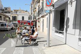 Aumentan las infracciones en terrazas de Palma y Cort amenaza con retirar permisos