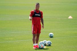 'Cucho' Hernández: «Nos jugamos la vida»