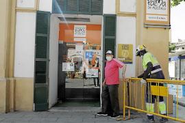 La oficina de información turística se estrena sin mapas y con barreras