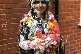 Malala se gradúa en Oxford