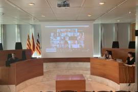 Entidades, empresas y expertos sientan las bases de la transición energética en Ibiza
