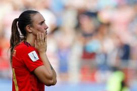 Virginia Torrecilla se retira del fútbol para someterse a un tratamiento