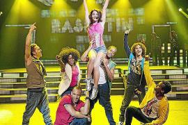 Los bailarines del cancelado 'Daddy Cool' dejan Mallorca «llorando»