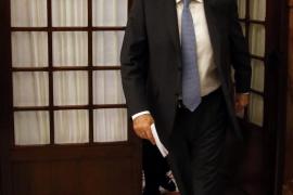 Rajoy dice que ha optado por la vía más dura y difícil, pero la más  responsable