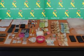 La Guardia Civil detiene a una pareja por vender droga en Palmanova