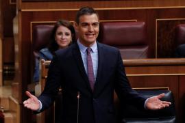 Sánchez pide al PP que arrime el hombro y Casado le afea que rechace pactos