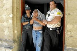 El vigilante de los 800.000 euros va a prisión sin decir dónde está el dinero