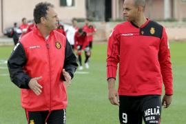Ogunjimi dice que sólo volverá al Mallorca «cuando se vaya Caparrós»