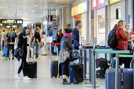 Reino Unido eliminará la cuarentena a los turistas procedentes de España