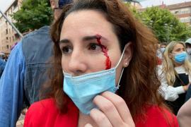 Abascal publica el parte médico de la diputada de Vox agredida