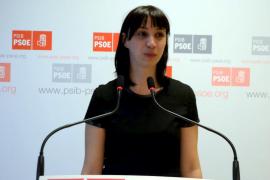 Cano critica que el PP vaya en contra de los jóvenes