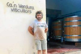 Tomeu Llabrés: «Hace veinte años era impensable hacer un vino 100 % Manto Negro»