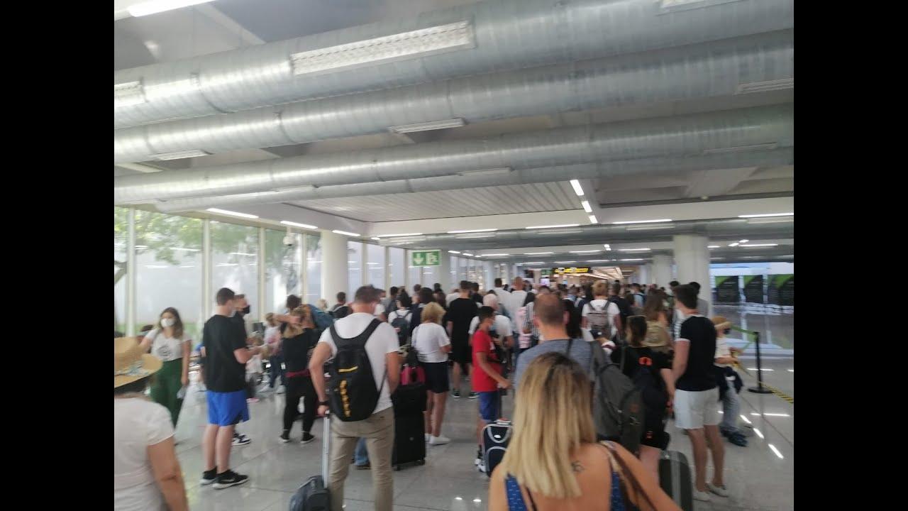 Caos en el aeropuerto de Palma en el primer día de apertura de fronteras