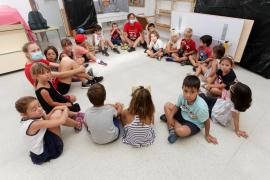 Una 'escoleta d'estiu' dividida en «grupos burbuja»