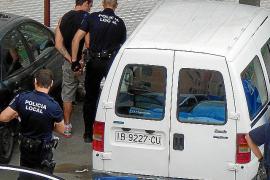 Detenido en Son Gotleu por forzar un coche, robar los asientos de piel y colocarlos en el suyo