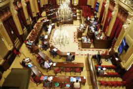 El Parlament destina 130.826 euros a la crisis de la COVID-19
