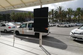 Sin lista de precios de taxis en el aeropuerto