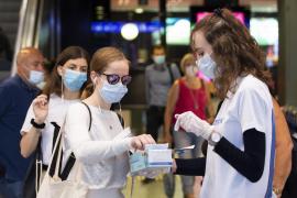 Expertos de 32 países aseguran que el coronavirus se transmite por el aire
