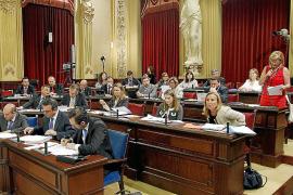 El PP presiona para que se apruebe ya la regularización de los pluses médicos