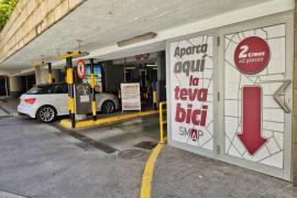 Cort habilita 42 plazas para bicicletas en el aparcamiento de Plaza Mayor