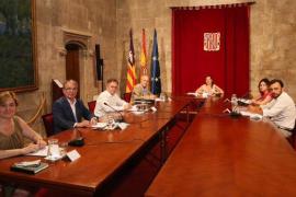 Los ayuntamientos de Baleares piden coordinación institucional para poner freno a las fiestas ilegales