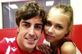 Fernando Alonso y la modelo Dasha Kapustina