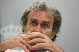 Fernando Simón: «La mejor mascarilla es la distancia»