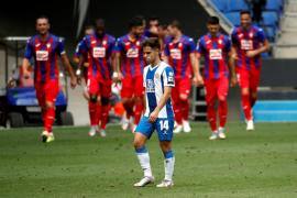 El Eibar gana al Espanyol y acaricia la permanencia