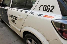 La Guardia Civil registra una empresa de la Generalitat por desvío de fondos