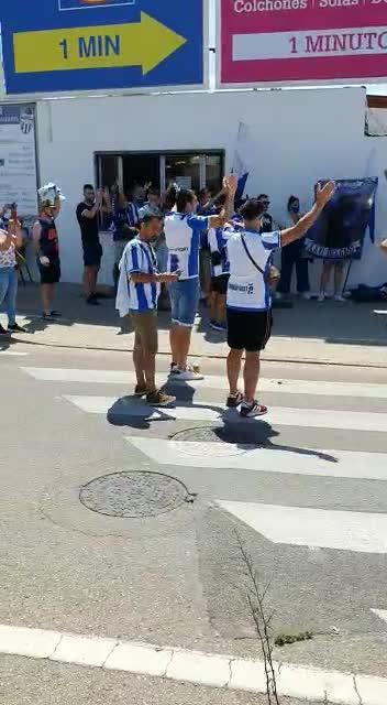 La afición del Atlético Baleares despide a su equipo