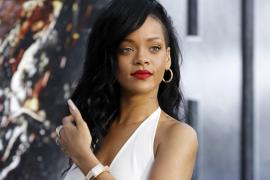 Rihanna se rompe un dedo del pie por culpa del alcohol