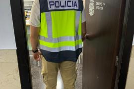 Detienen en Palma al propietario y a la encargada de una empresa de lavacoches por explotación laboral