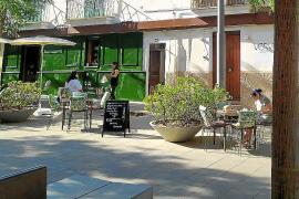 Denuncian la alteración de una fachada protegida de Santa Catalina