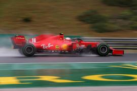 La lluvia devuelve algo de protagonismo a Ferrari en Hungaroring y Sainz brilla con agua