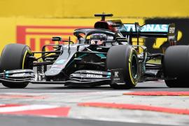 Hamilton alcanza las 90 'poles' y Sainz saldrá noveno en Hungría